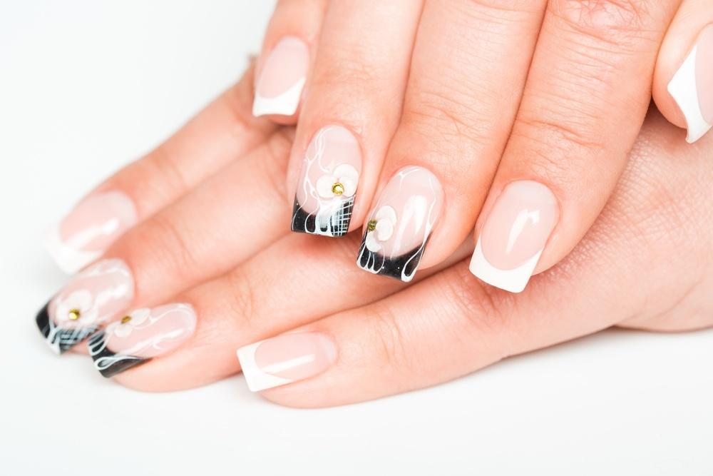 nail art 2 shutterstock_182549570