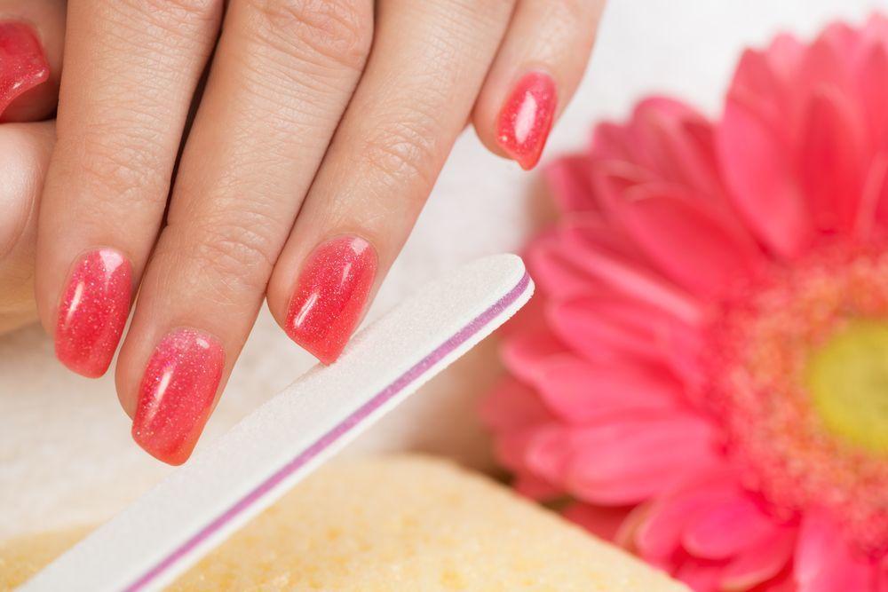 unhas decoradas rosa shutterstock_131186399