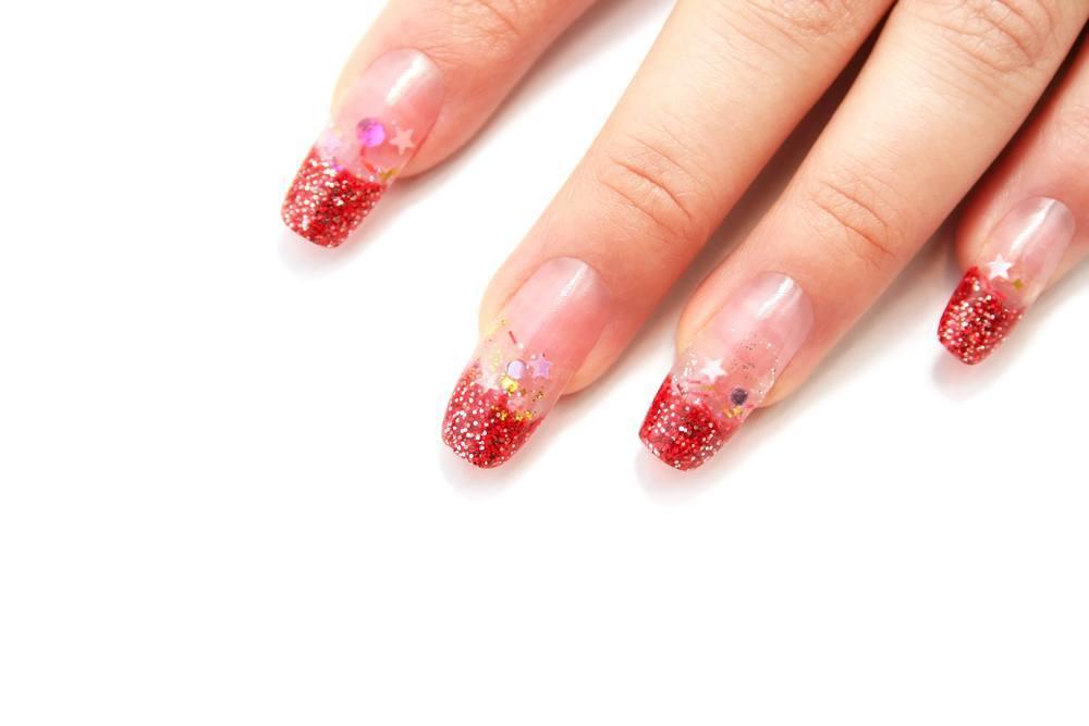 unhas decoradas com glitter shutterstock_51236653