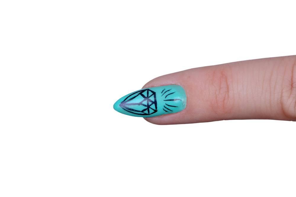unha azul diamante shutterstock_173982215